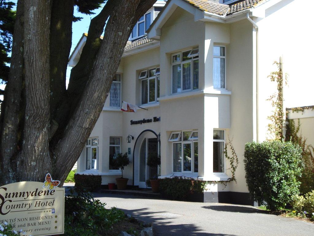 Sunnydene Country Hotel