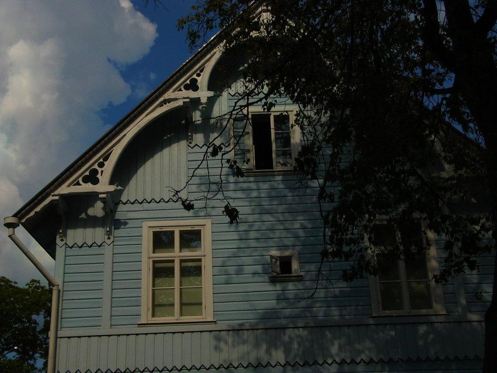 Lahe Maja Guesthouse