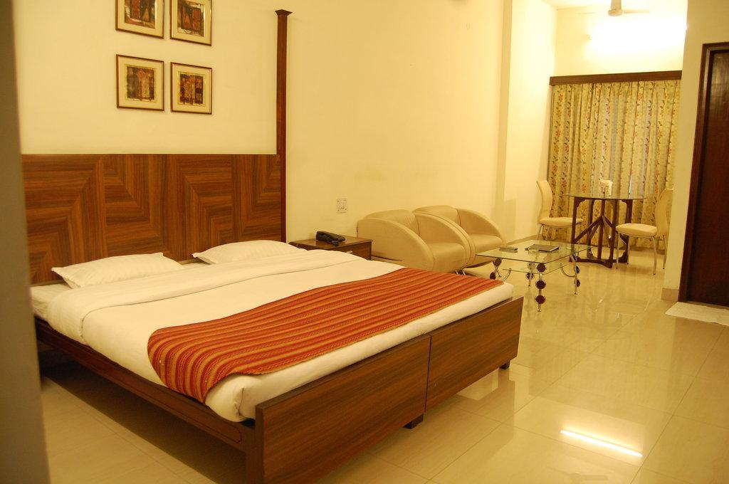 Hotel Uberoi Anand