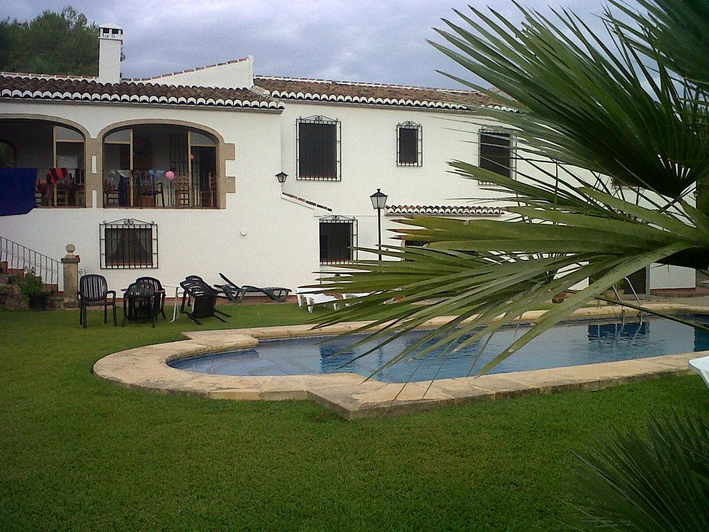 La Carlota Villa