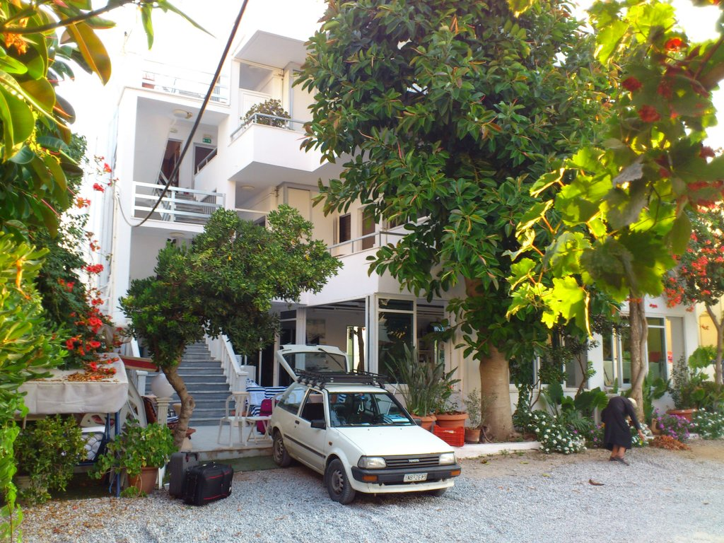 Pavlakis Beach Apartments