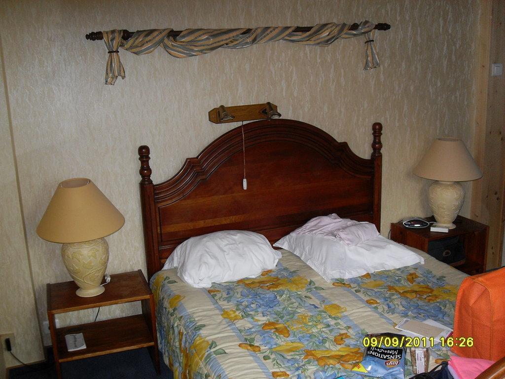 Hotel aux Deux Clefs