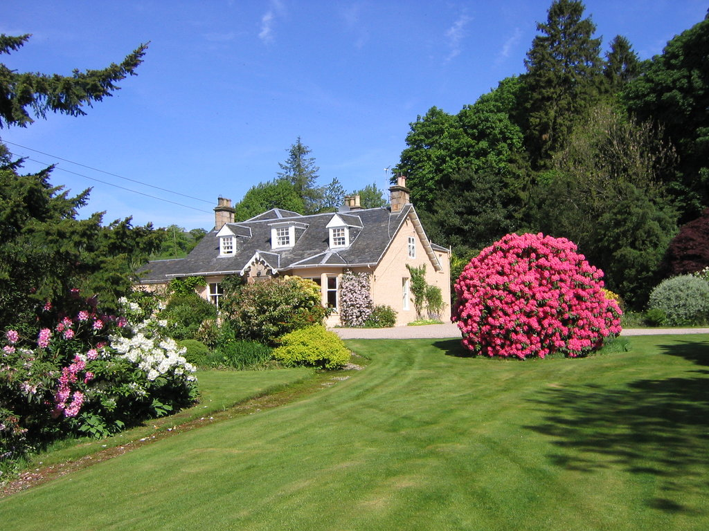 Finglen House Bed & Breakfast