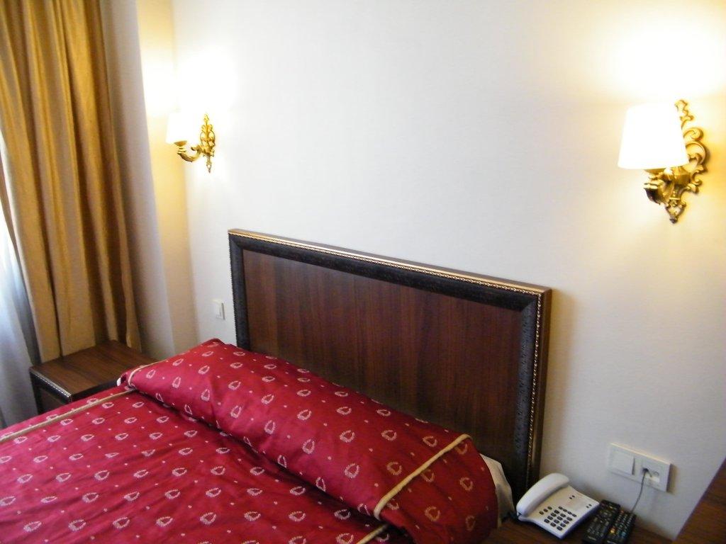 Istanbul Port Hotel