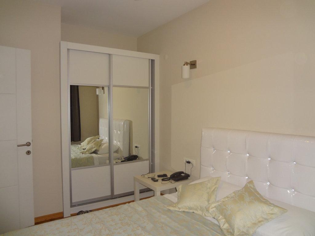 Captain Suites Hotel