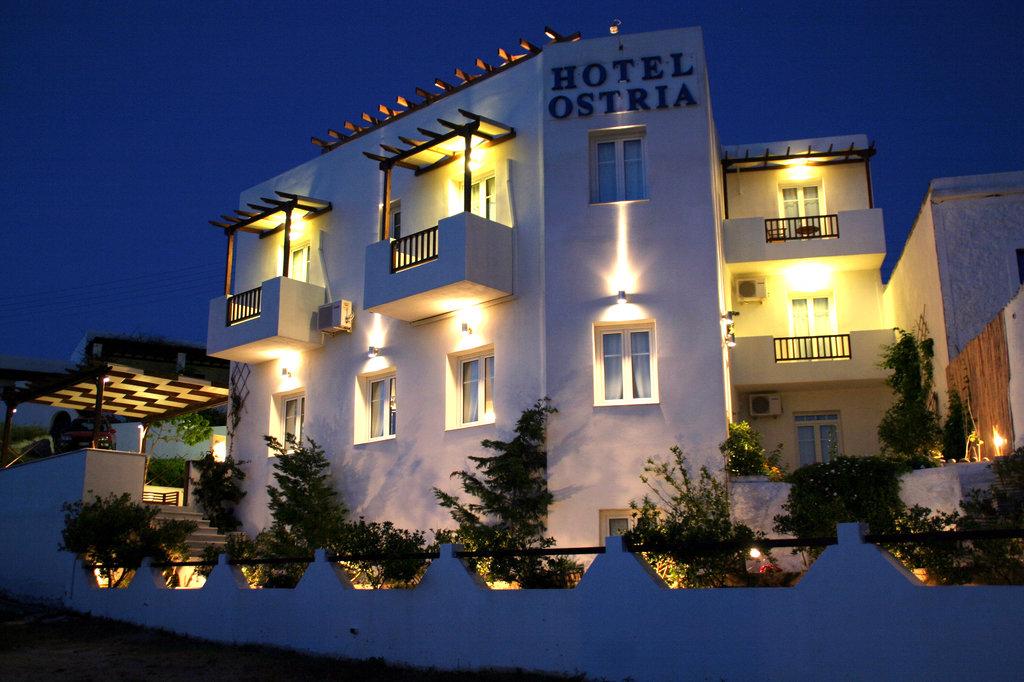 Ostria Hotel & Studios