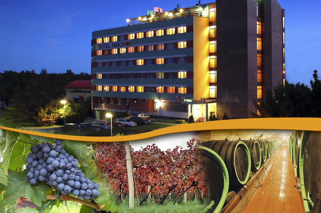 โรงแรมพานอน