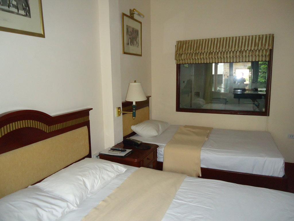 Little Hanoi DX2 Hotel