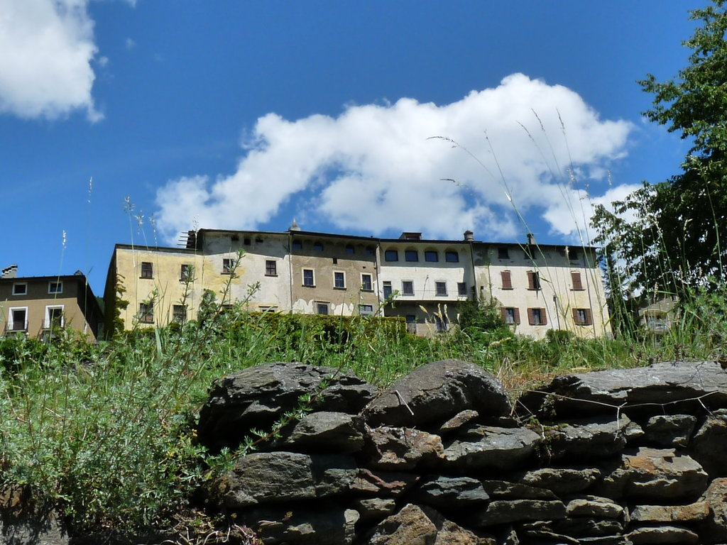 Palazzo Juvalta Resort
