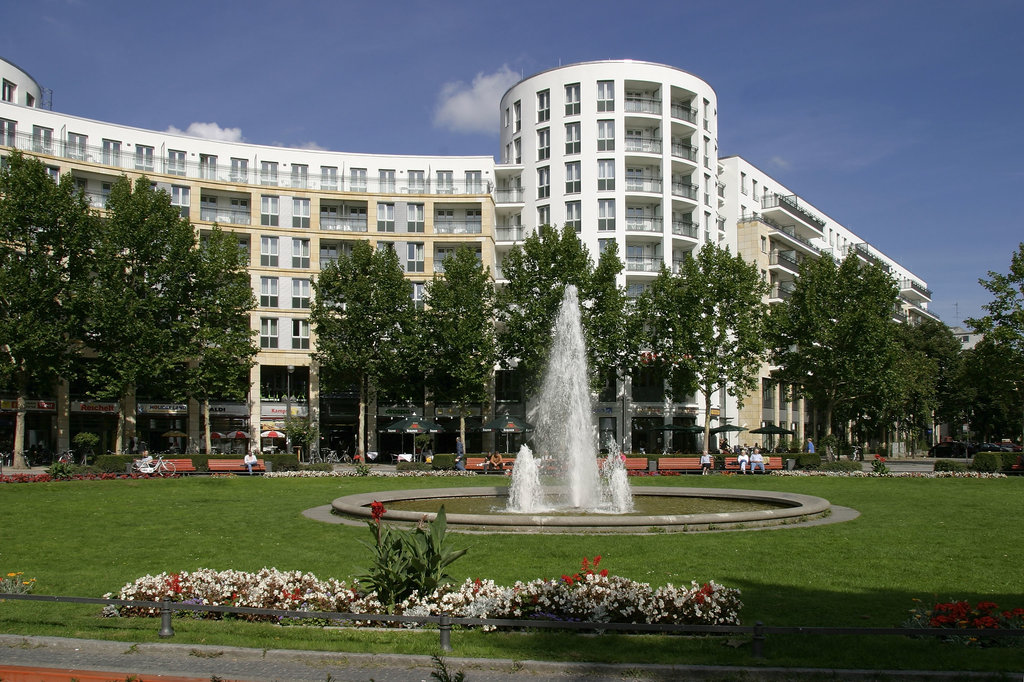 Ramada Plaza Berlin City Centre Hotel and Suites
