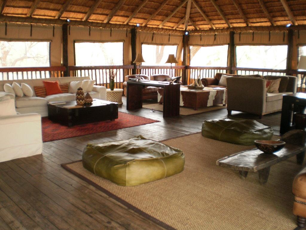 池索莫薩法里營地酒店