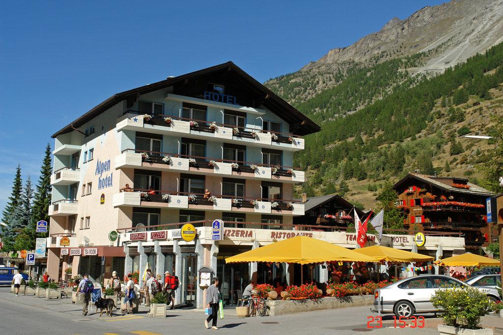Swiss Budget Alpenhotel Täsch