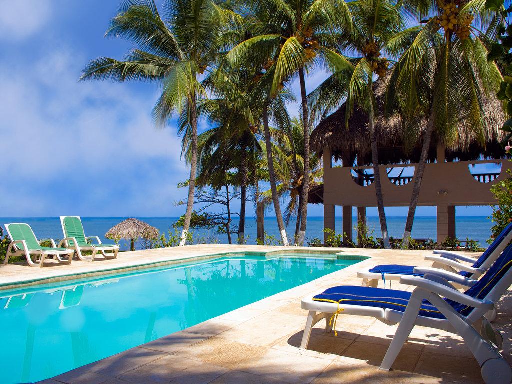 Los Farallones Resort