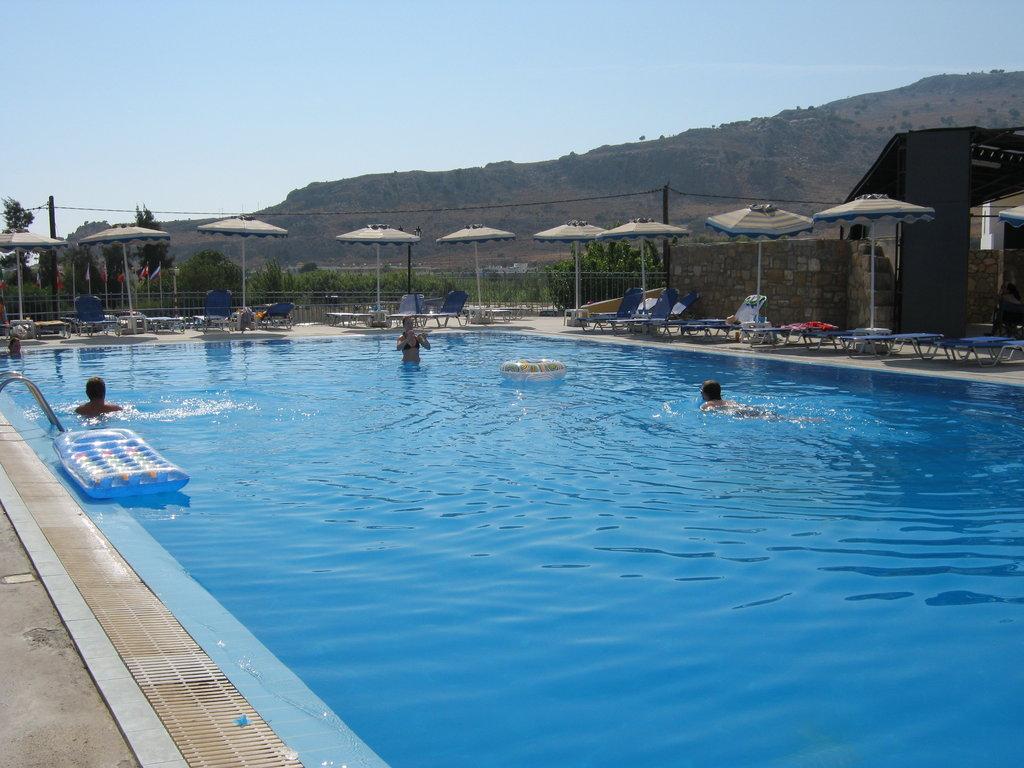 Smartline Ellia Hotel