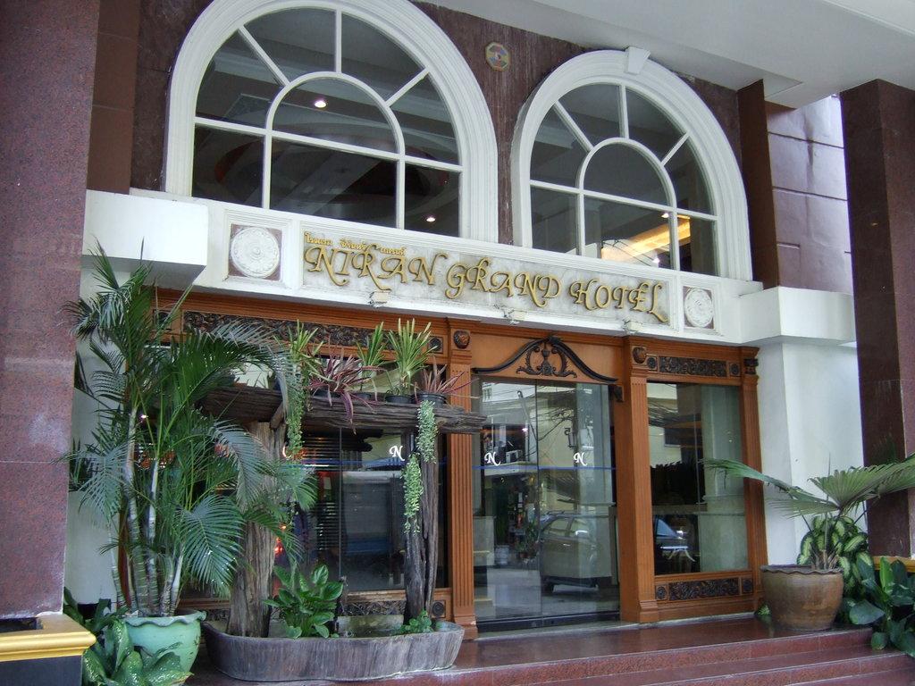 Niran Grand Hotel