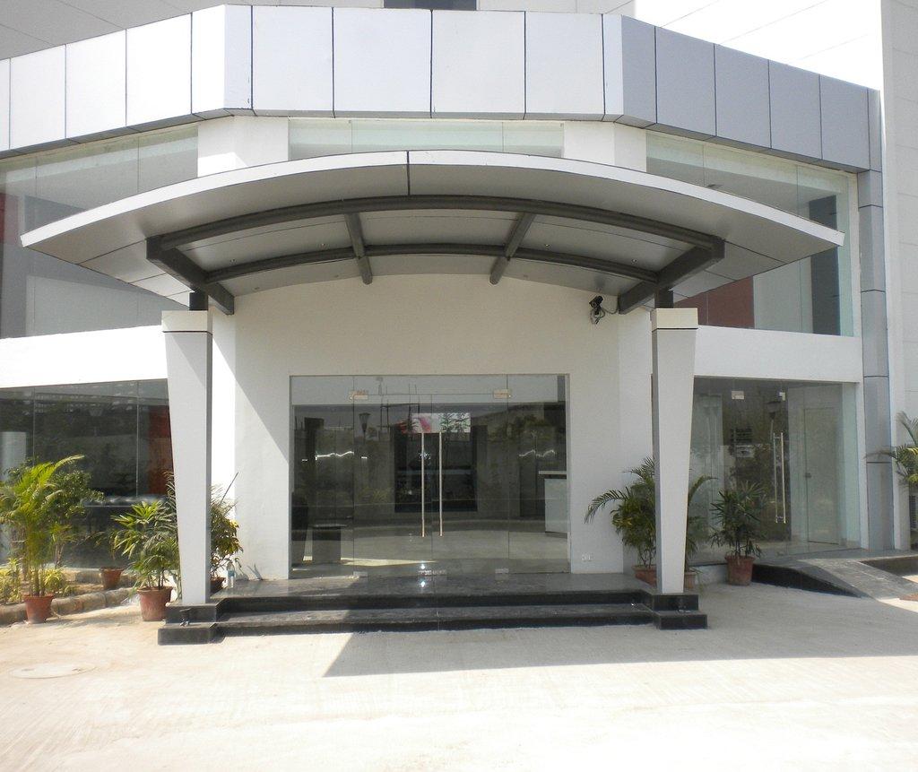 Qube Greater Noida