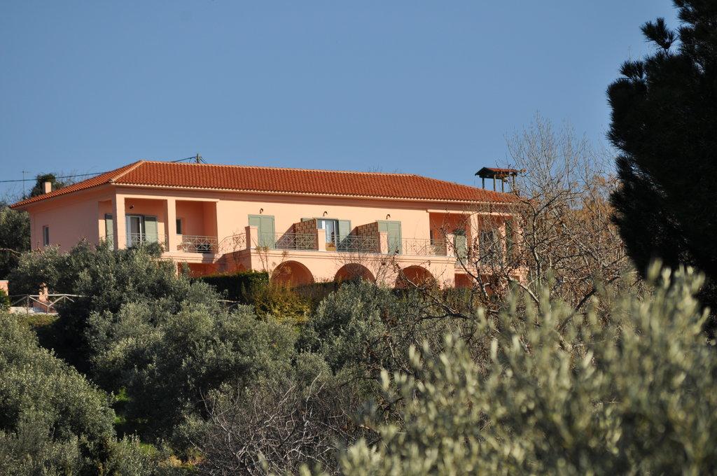 Eleonas Hotel