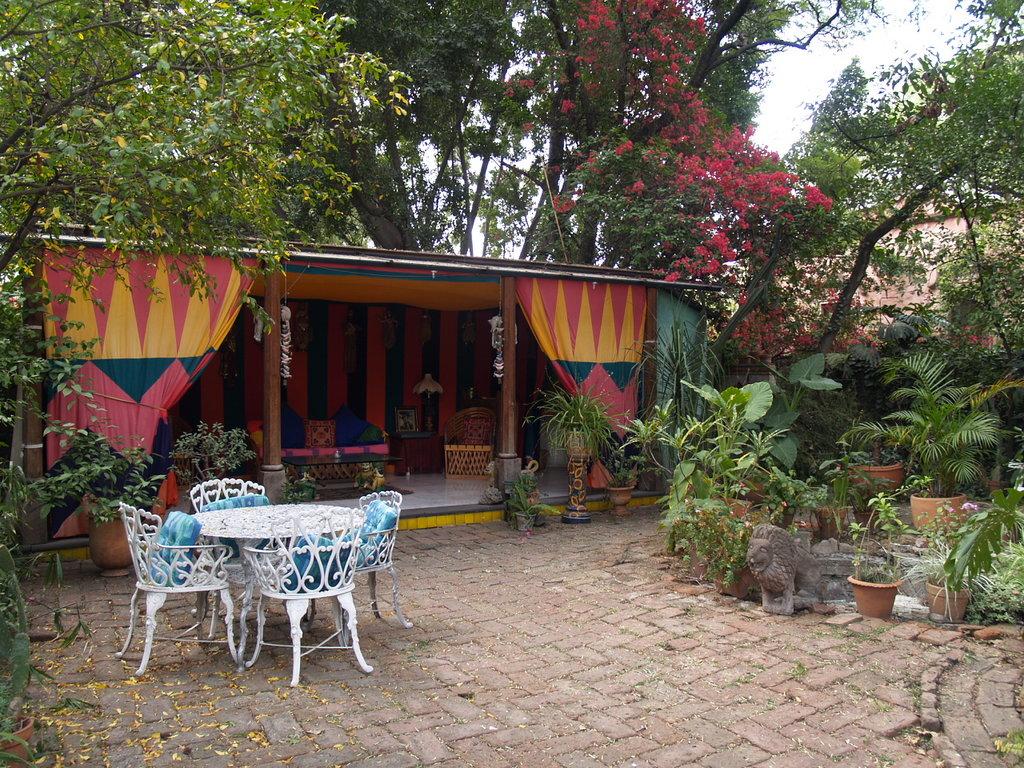 La Casa de Espiritus Alegres Bed & Breakfast