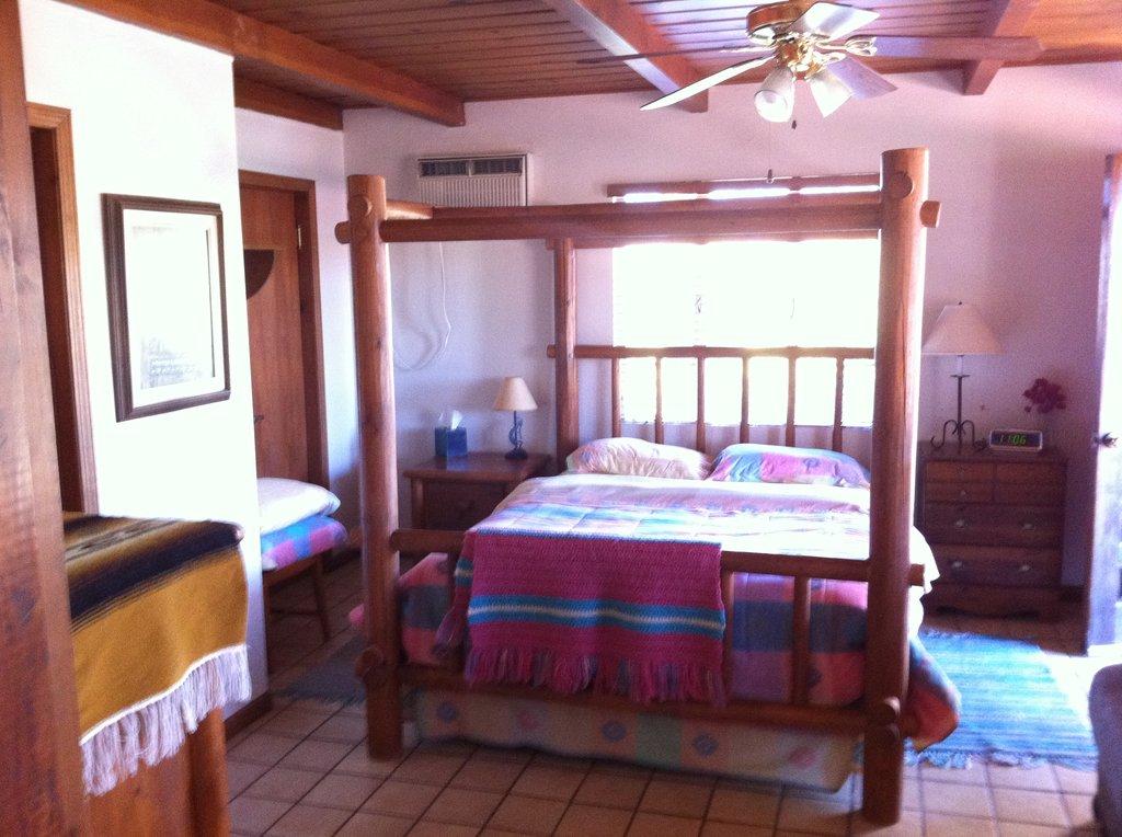 Ana's Casa de Saguaro