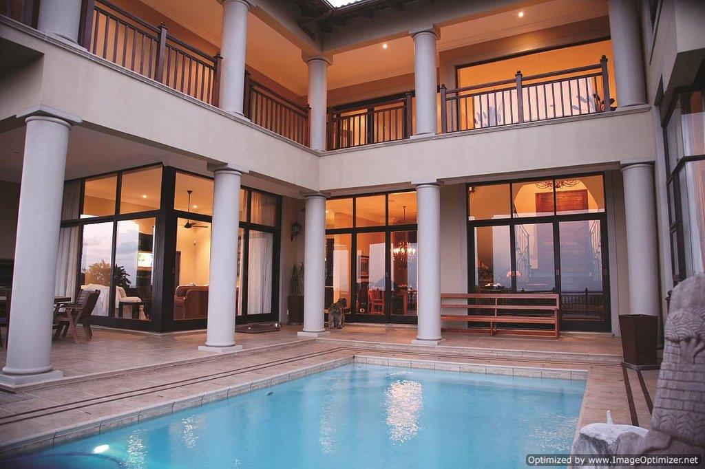 Tega Tata Lodge