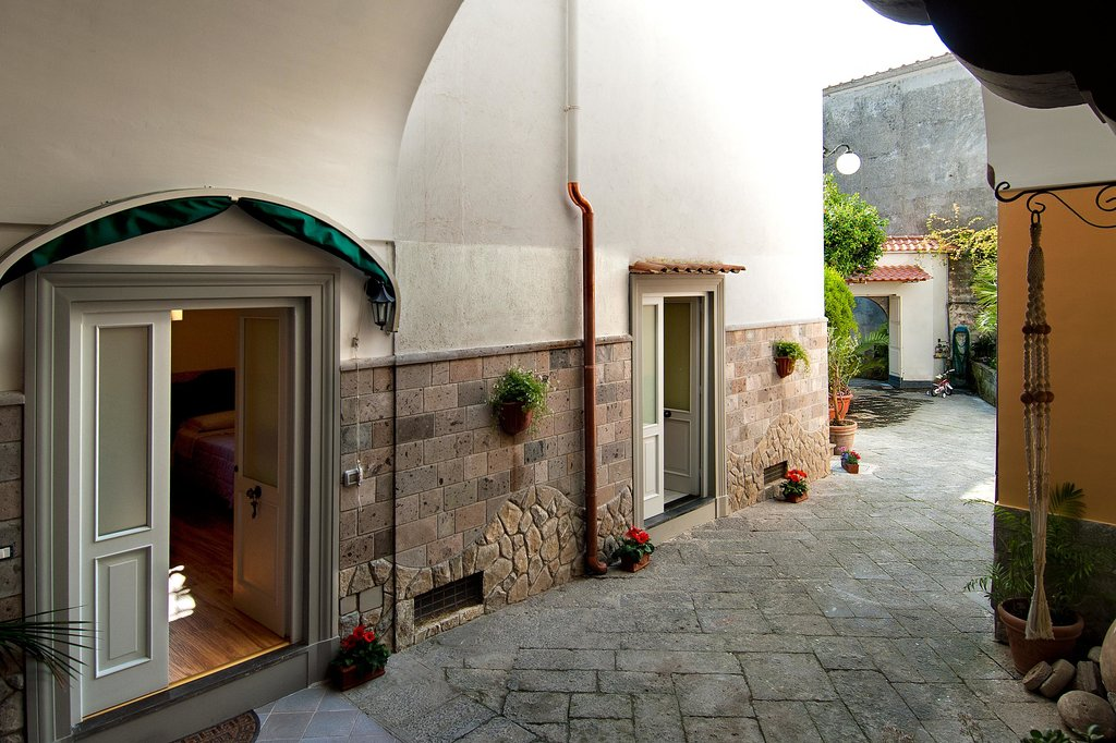 Gio House
