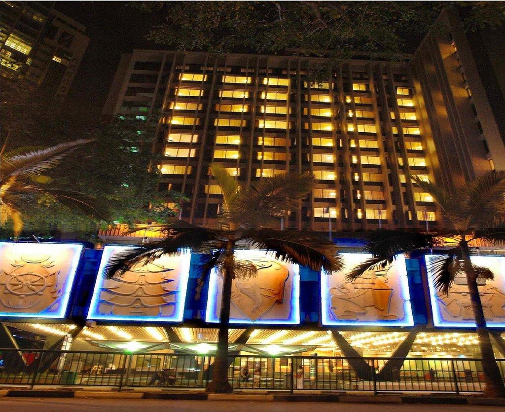 ホテル ロイヤル シンガポール