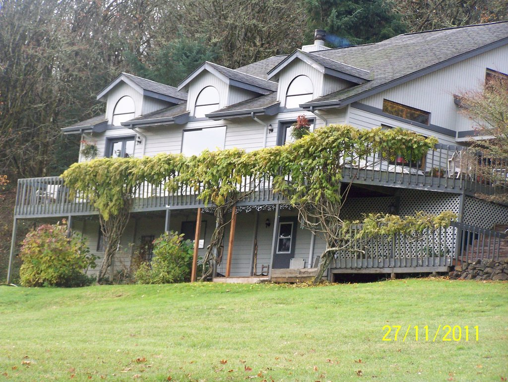 Catbird Seat Bed and Breakfast at Fern Ridge