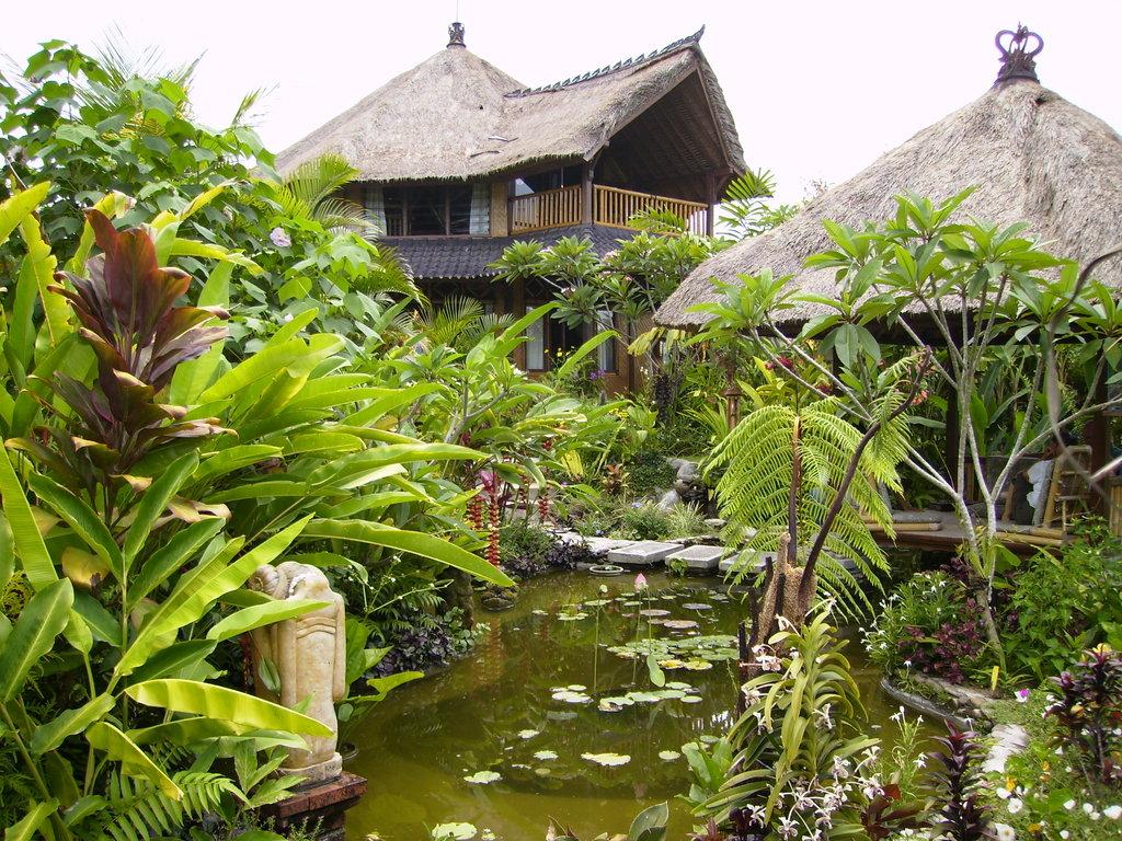 Pondok Ibu Anna & Kunang-Kunang (Firefly) Guesthouse