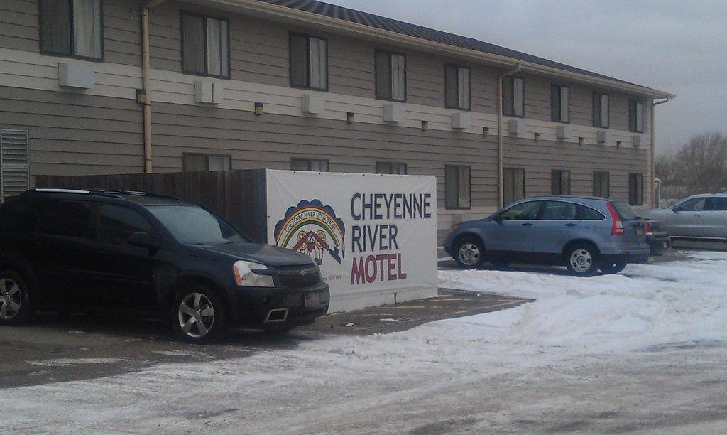 Cheyenne River Motel