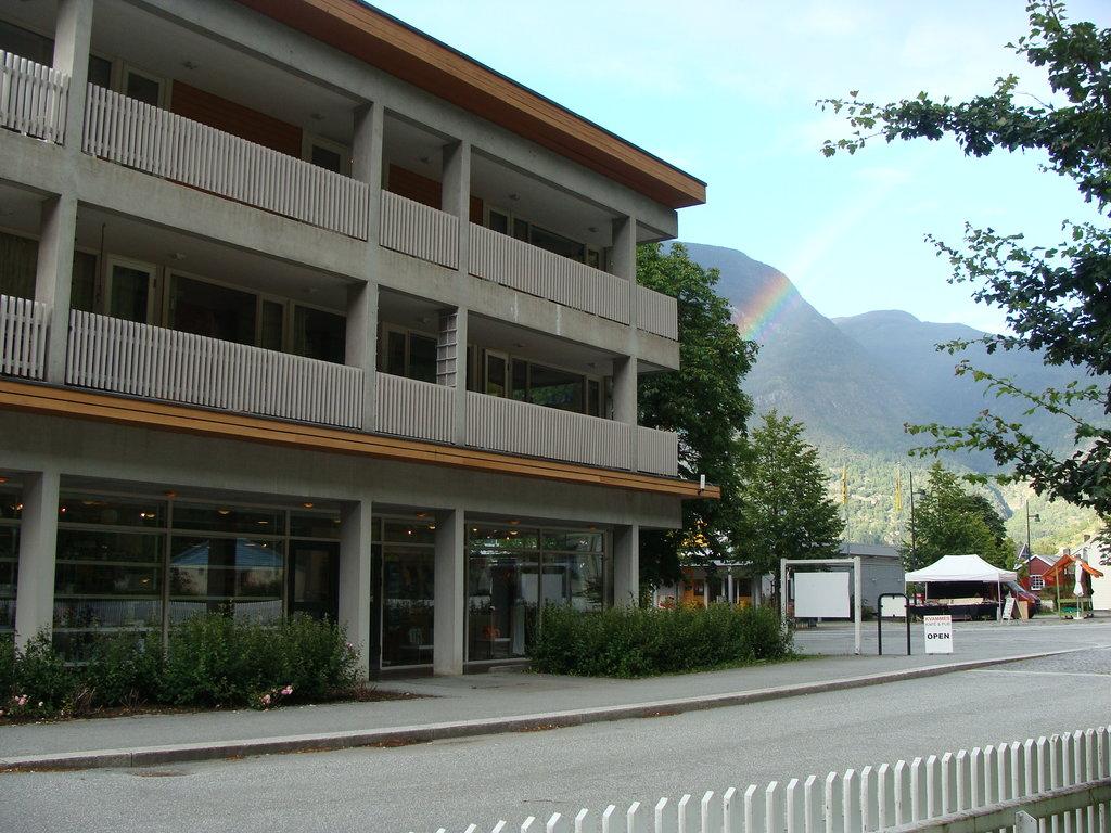 Lindstroem Hotel