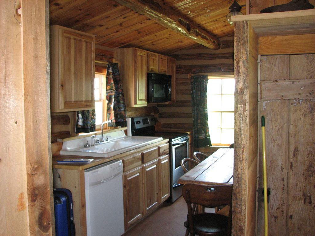 Nauvoo Log Cabins LLC