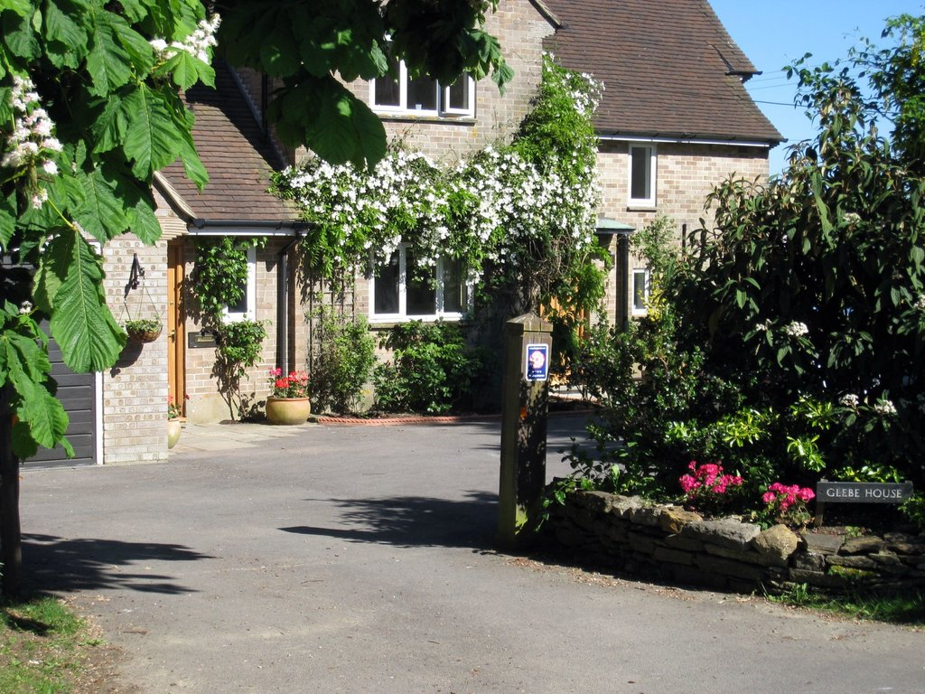 Glebe House B&B / Self Catering