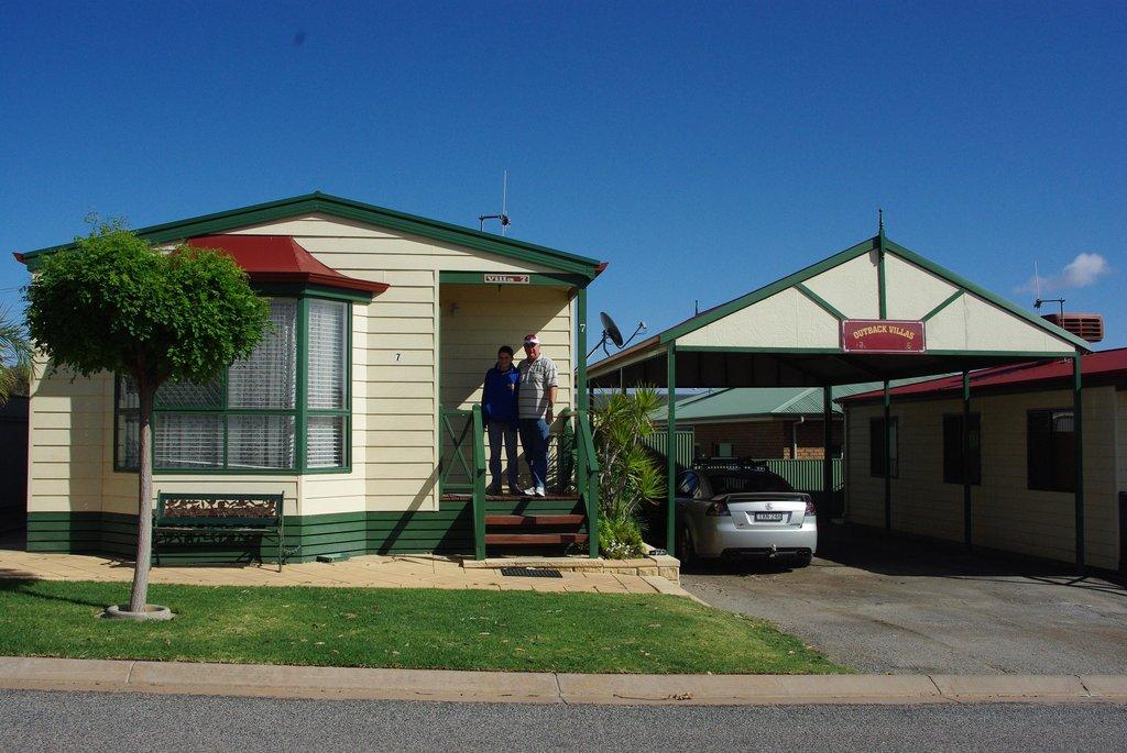 Outback Villas