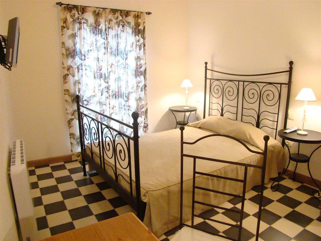 Malaga Lodge