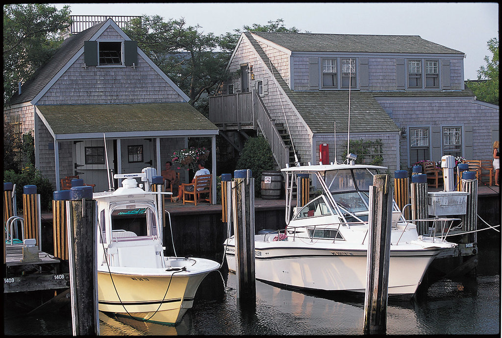 The Cottages at Nantucket Boat Basin