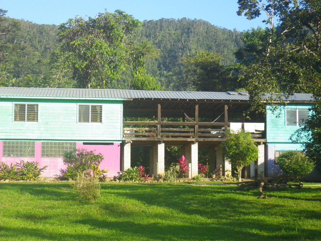 ‪Hummingbird Guest Lodge & Hostel‬