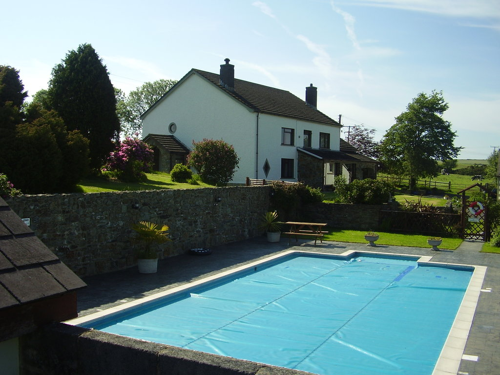 Trenewydd Farm Cottages