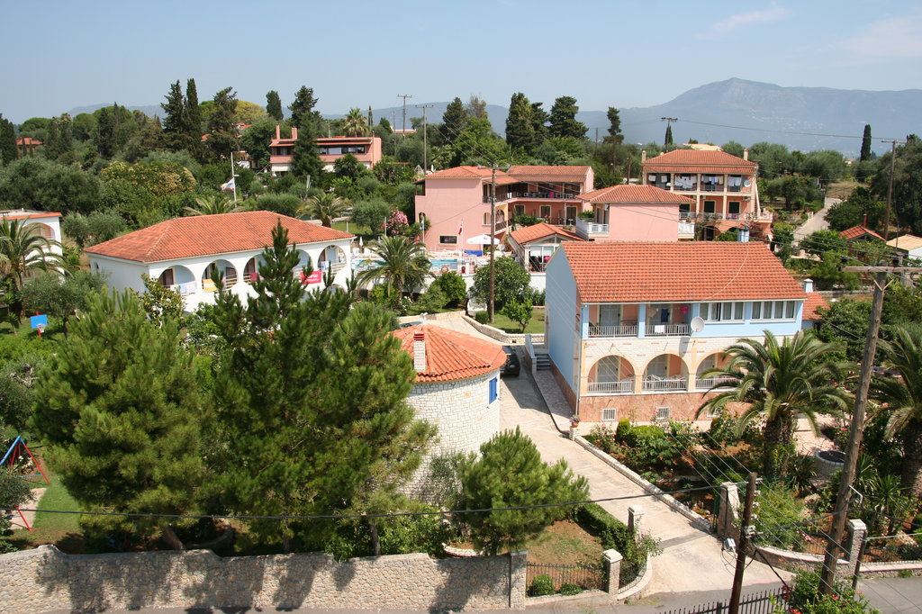 Mathraki Resort