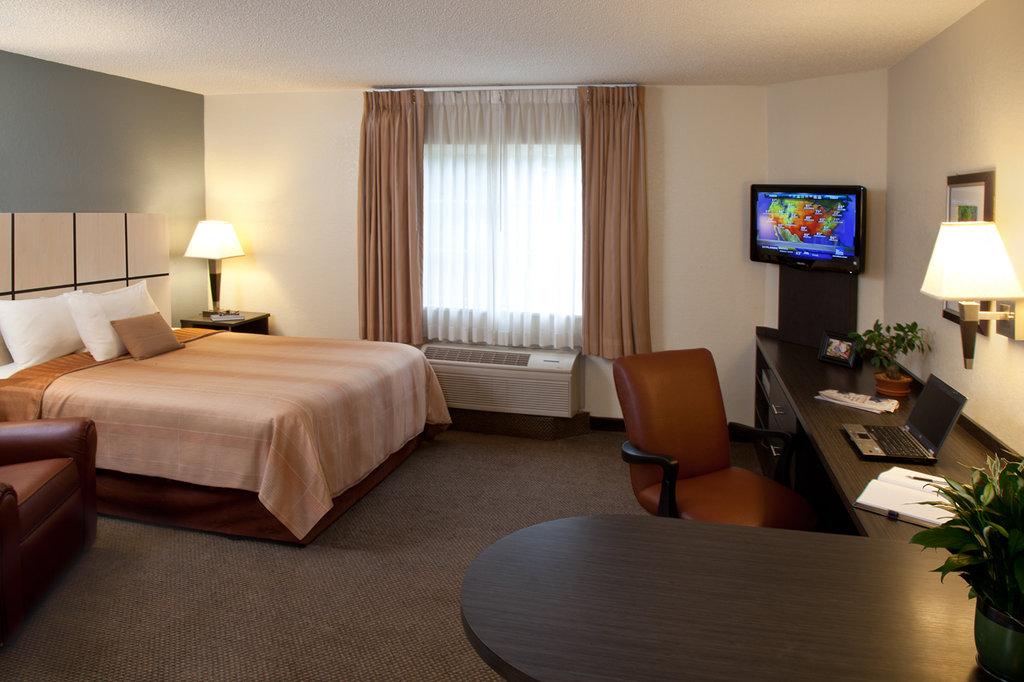Candlewood Suites - Arlington
