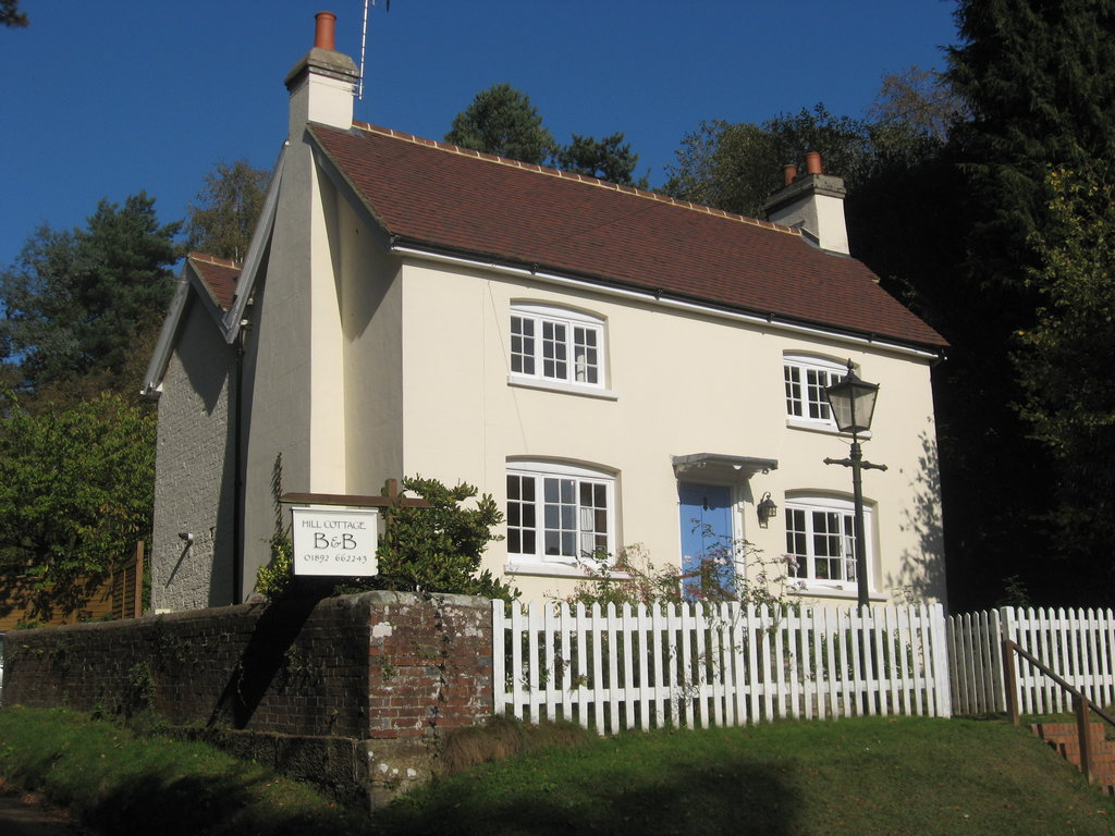 ‪Hill Cottage Crowborough‬
