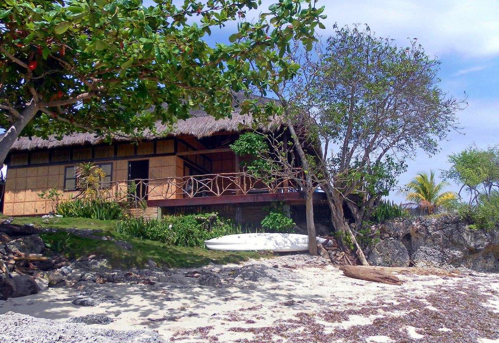 Pamilican Island Paradise