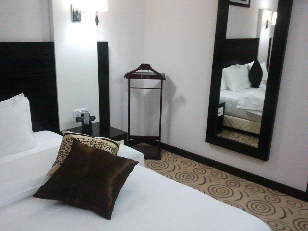 Haroon Hotel
