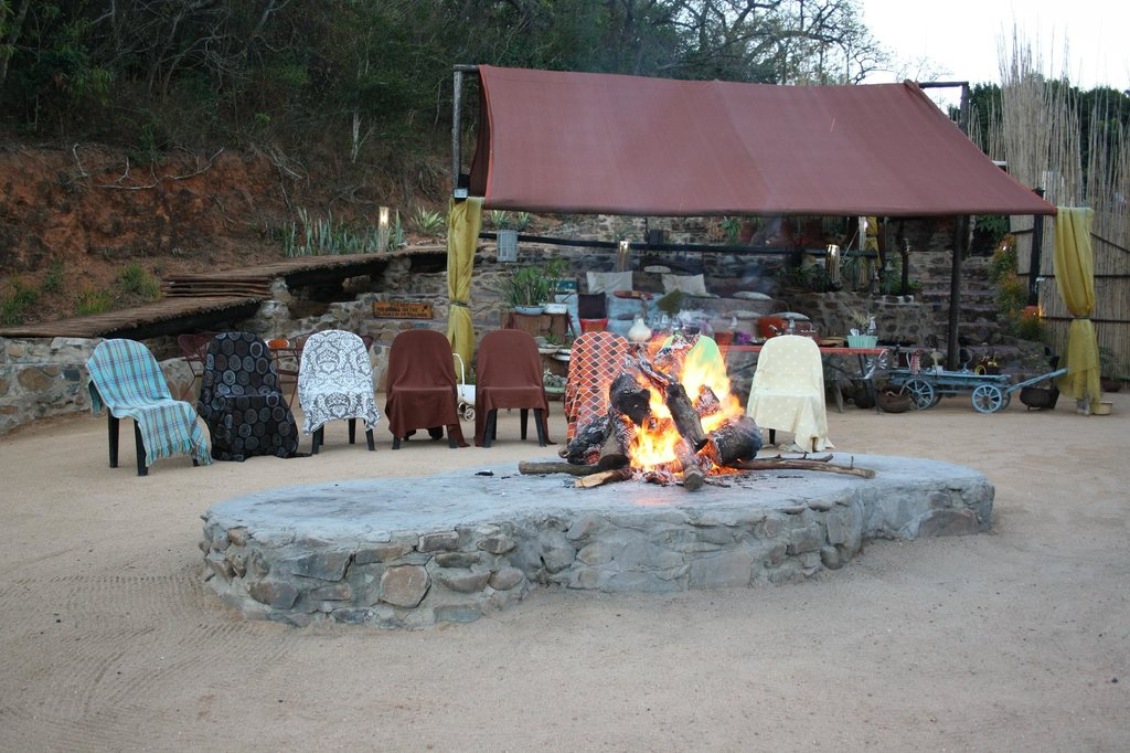 Nkwathle Bush Camp