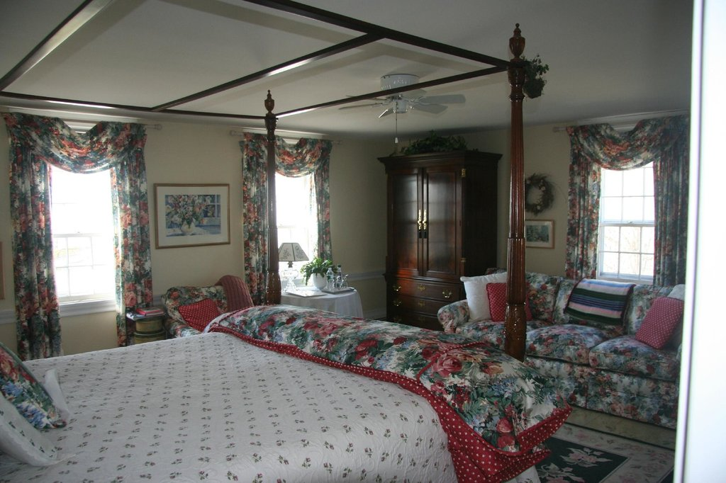 ‪Middle Bay Farm Bed & Breakfast‬