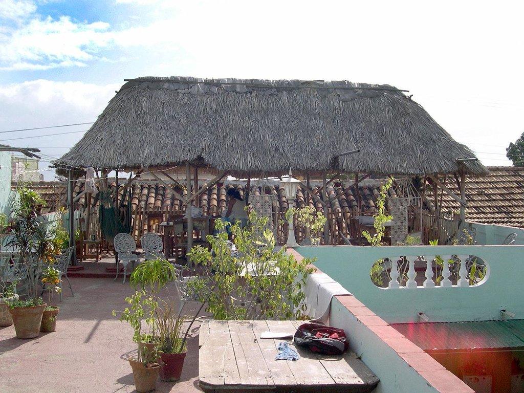 Casa Particular - Jesus Pineda