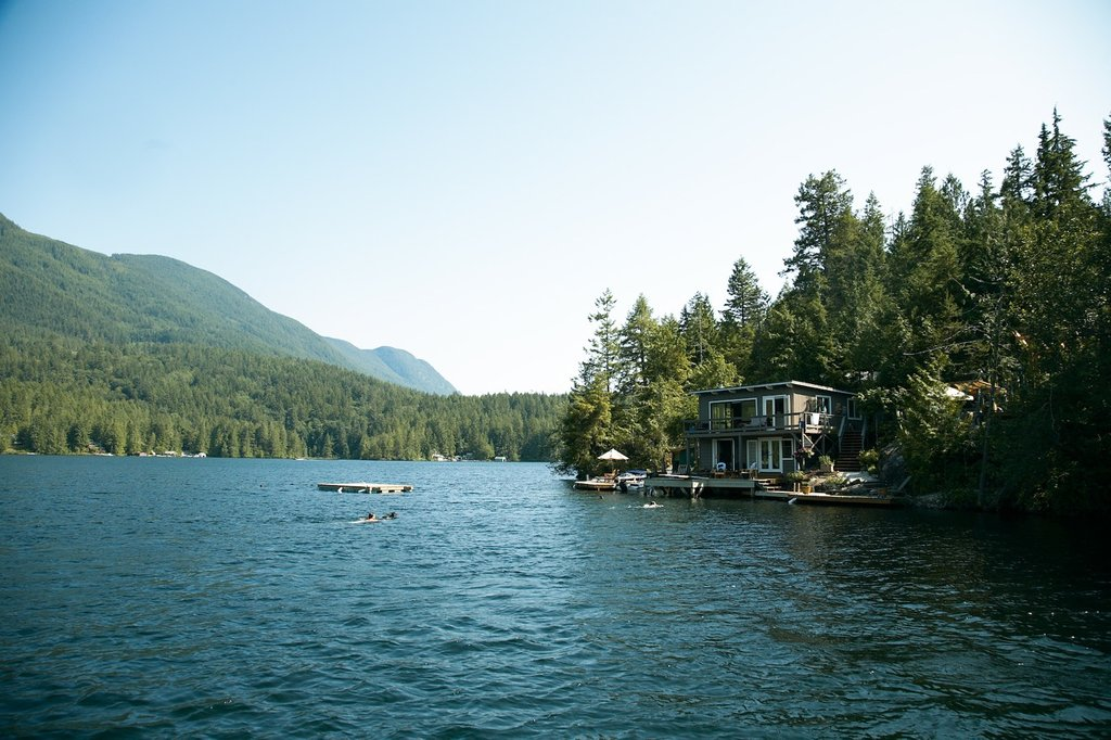 Sakinaw Lake Lodge