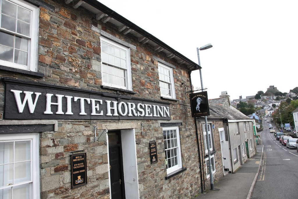‪The White Horse Inn‬