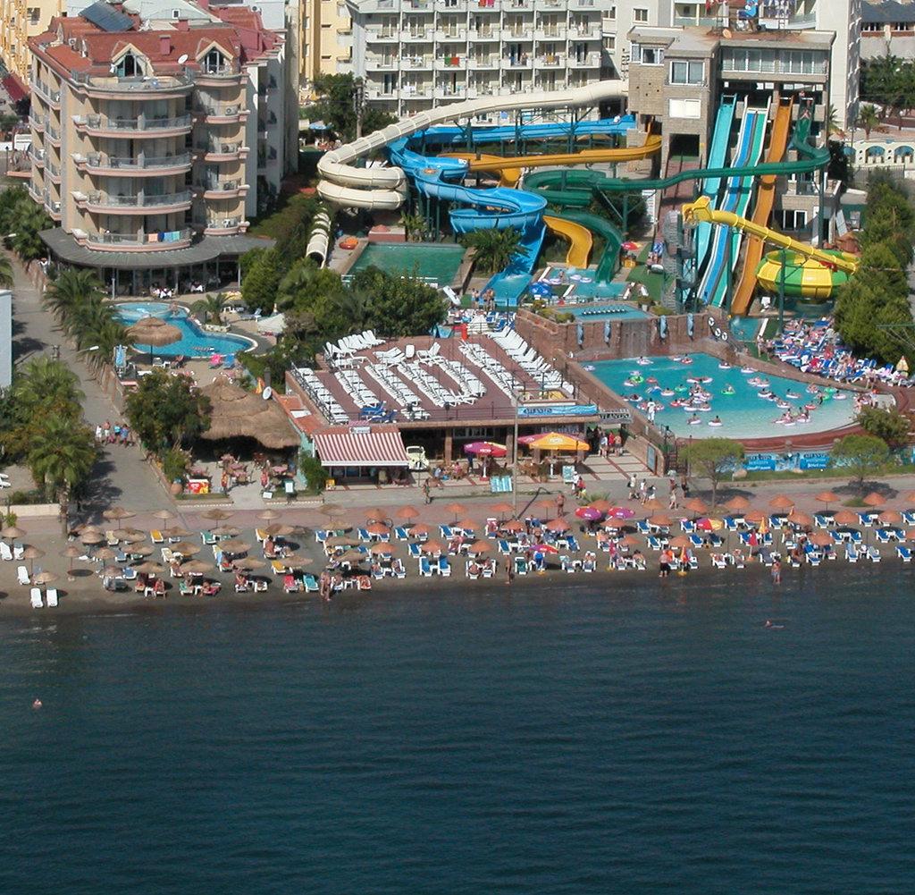 浪漫海灘酒店