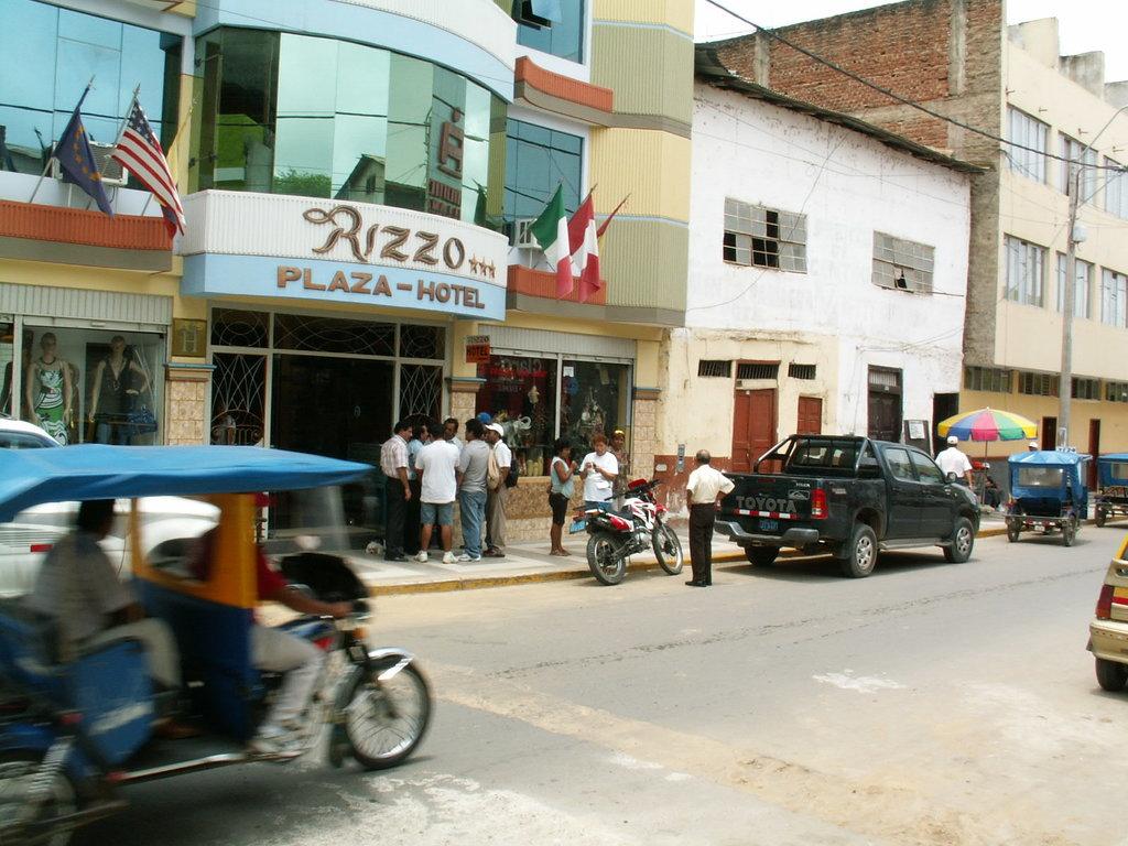Rizzo Plaza Hotel