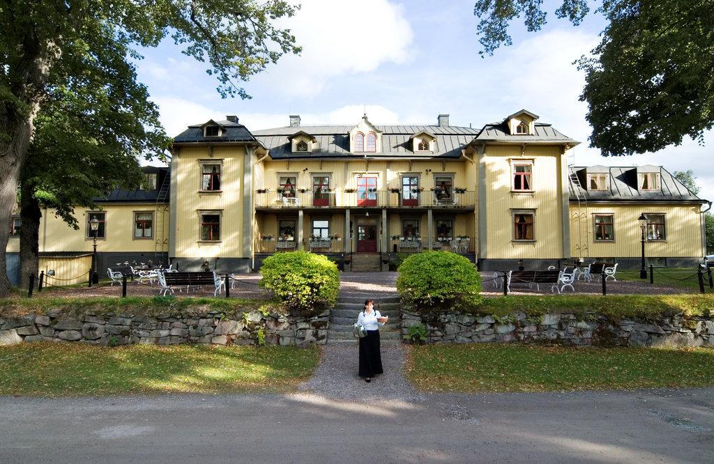 Hennickehammars Herrgård